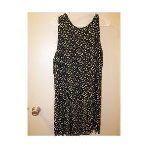 OLD NAVY 2X swing dress black w small floral print